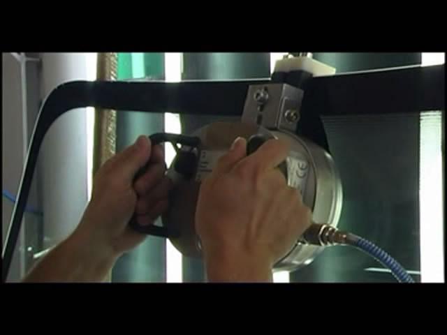 Установка лобовых стекол с датчиками дождя в Уфе, Деме и Черниковке. Наш сайт www.ck-kembrii.ru. Наш телефон 83472577766