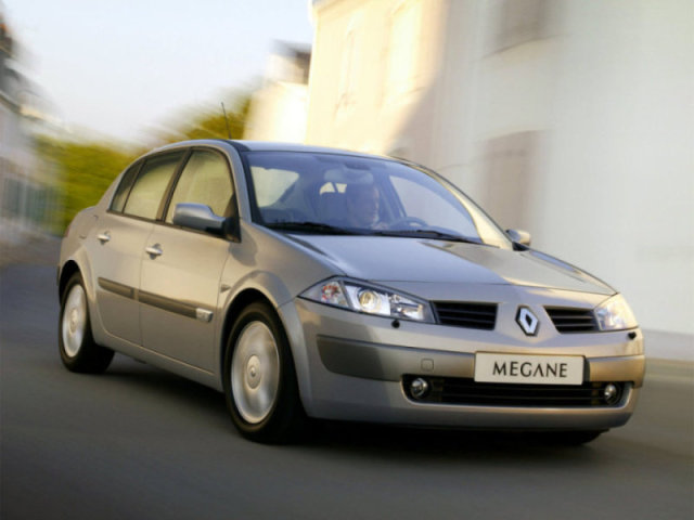 Лобовое, боковое, заднее автостекло Renault Megane II в Уфе. 89196022100