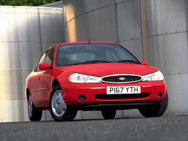 Лобовое, боковое, заднее автостекло Ford Mondeo II в Уфе. 89196022100
