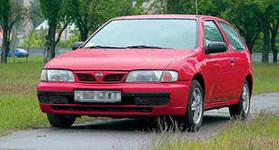 Лобовое, боковое, заднее автостекло Nissan Almera N 15 в Уфе. 89196022100