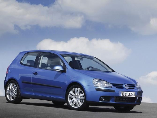 Лобовое, боковое, заднее автостекло Volkswagen Golf V в Уфе. 89196022100