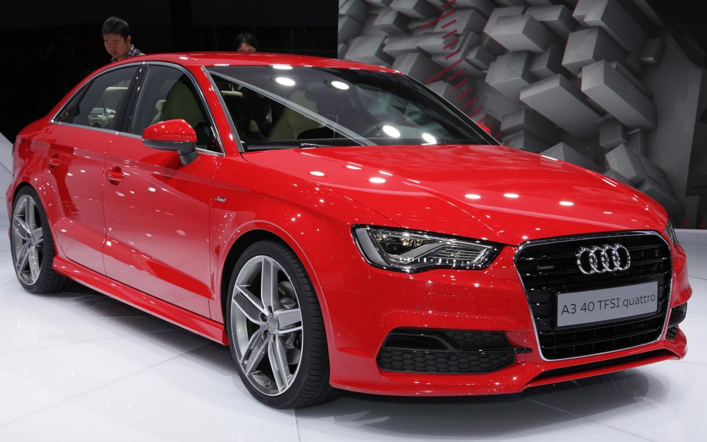 Продажа и замена автостекол Audi A3 2012. Лобовое стекло Audi A3 2012, боковое стекло Audi A3 2012, заднее автостекло Audi A3 2012. 89196022100