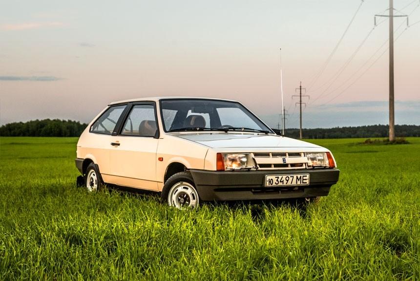 Продажа и замена переднего правого стекла ВАЗ-2108