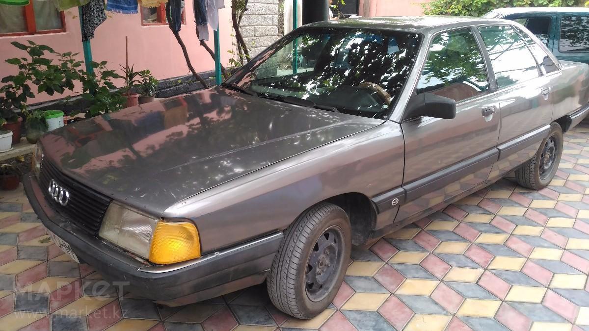 Продажа и замена заднего правого стекла Audi 100