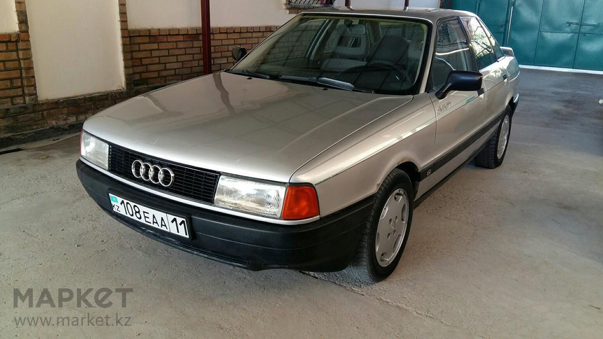 Продажа и замена переднего правого стекла Audi 80