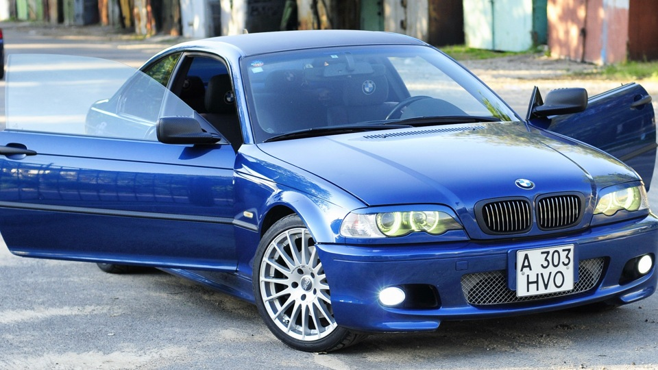 Продажа и замена переднего правого стекла BMW 3 E46 CPE