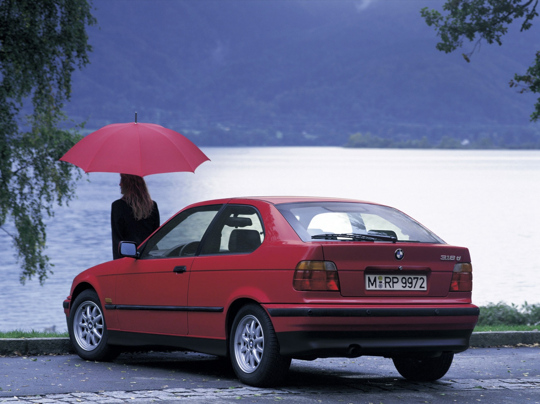 Продажа и замена переднего левого стекла BMW 3 E36