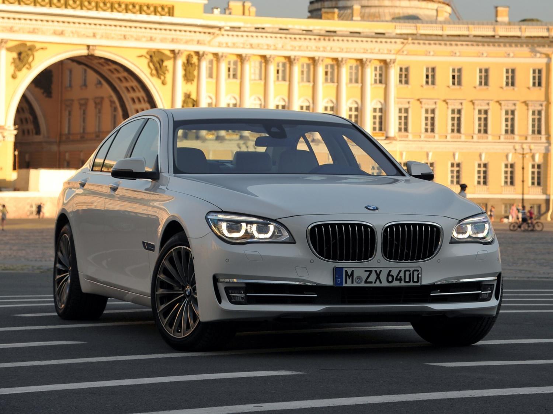 Продажа и замена заднего правого стекла BMW 7 F01