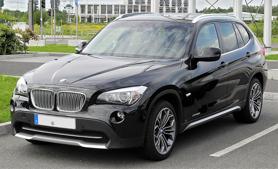 Продажа и замена заднего левого стекла BMW X1 E84