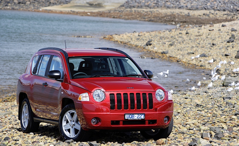 Лобовое стекло Jeep Compass в Уфе. Продажа и замена.