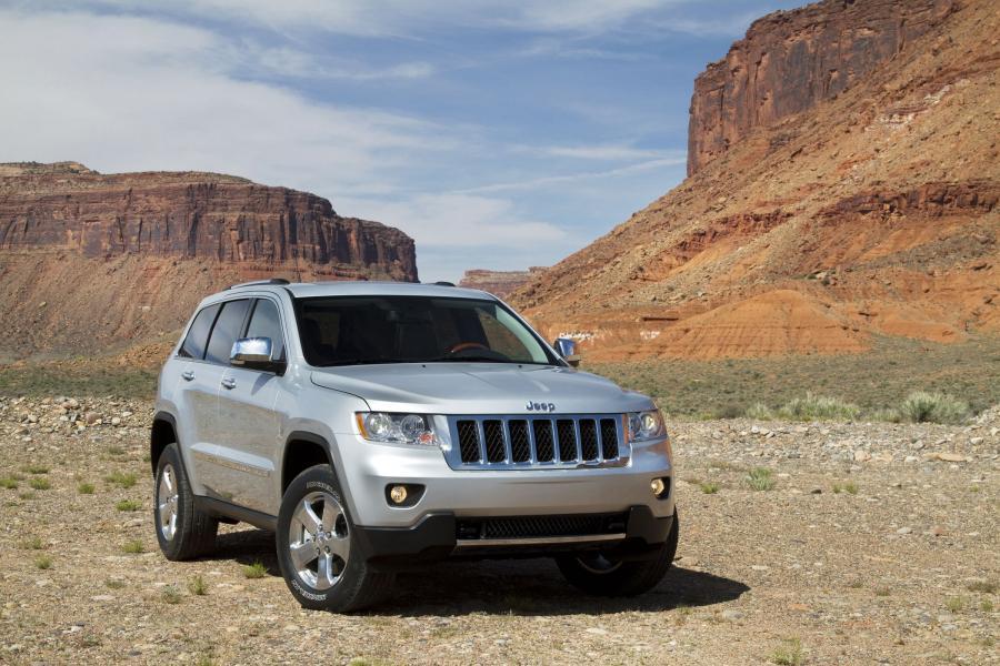Лобовое стекло Jeep Grand Cherokee